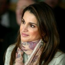 1142_1webuse_this_queen_rania00.JPG